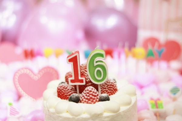 16日のバースデーケーキ