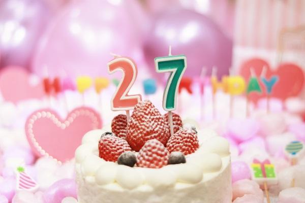 27日の誕生日ケーキ